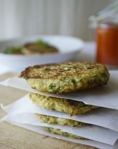 cauliflower quinoa cakes (love these, subbed the flax seeds for the eggs)