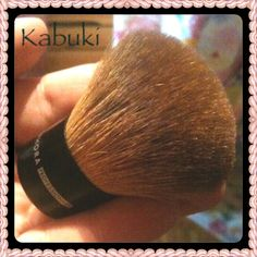 My beloved mini Kabuki brush from Sephora. Click to find out what I use it for on my blog!
