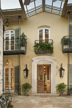 new orleans style home with courtyard