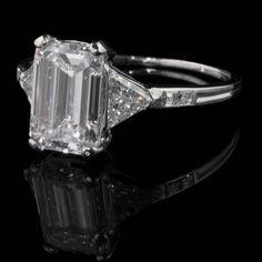 TIFFANY & Co. New York Art Deco c1925 Platinum and emerald-cut diamond ring