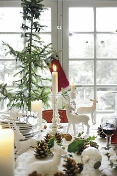 Beautiful white Christmas tablescape