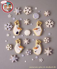 "Christmas cookies theme Frozen ""Olaf Moods"" - by UnJeudEnfant @ CakesDecor.com - cake decorating website"