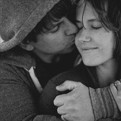 Jesh De Rox sweet couple together. a5c64258917011e1af7612313813f8e8_7.jpg