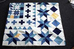 offset quilt, quilti inspir, medallion quilt, quilt idea
