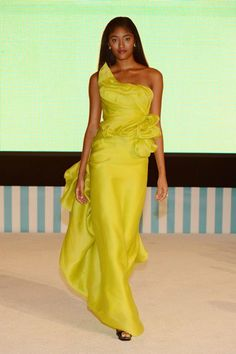 Luscious Lime! by Designer Rubin Singer for #sayidotosandals fashion show.
