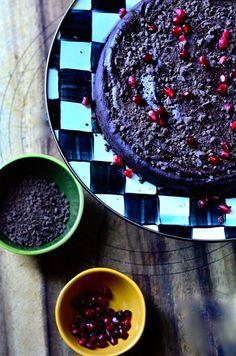 Flourless Date Chocolate Cake   ReluctantEntertainer.com