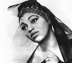 Leontyne Price. On January 27, 1961, she debuted at the Metropolitan Opera as Leonora in Verdi's Il Trovatore where she received a 42-minute ovation, one of the longest in the Met's history. She has 15 Grammys for voice recordings, the Presidential Medal of Freedom (1964), the Kennedy Center Honors (1980), and the National Medal of Arts (1985).
