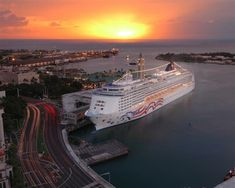 Norwegian Cruise Line, Pride of America, Hawaii ~ My sister works on this ship!