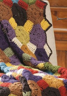 DIY Crochet Throw Rug | Quick and easy tutorial on how to crochet the perfect throw rug for your home