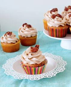 Maple Pecan French Toast Cupcakes – a dessert version of French Toast! Vanilla cupcakes laced with cinnamon and maple and topped with cinnamon maple buttercream and candied pecans. #cupcakerecipes http://thecupcakedailyblog.com/maple-pecan-french-toast-cupcakes/