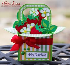 Strawberry Basket Box Card - (I) (L)ove (D)oing (A)ll Things Crafty!