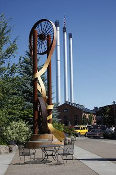 Great shopping at the Old Mill District, Bend, Oregon
