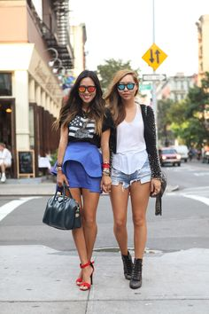 sisters #effortless #casual #style #street #urban #outfit #weekend #fashion #details #accessories #sunnies #sunglasses #shoes #summer