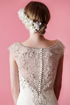 white hair, bridal beauty, romantic hair, hair wedding, fashion beauty, white weddings, mischka fall, badgley mischka, romantic dresses