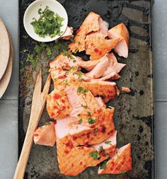 Salmon With Sriracha Sauce and Lime.  Low Carb/Paleo(try with tilapia)