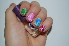 Marbled nail polish