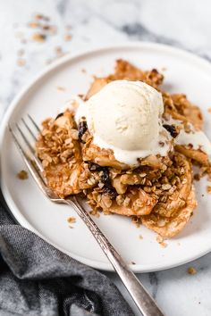 Easy Cinnamon Apple Crisp Recipe with Oatmeal - Skinnytaste