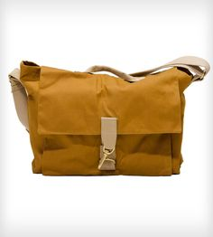 Field Bag Canvas Messenger / by Talant