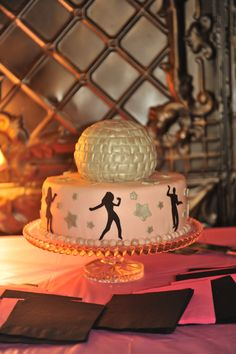 Dancing party cake for a just dance 11th birthday party