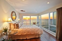 Beach-front bedroom? Yes please