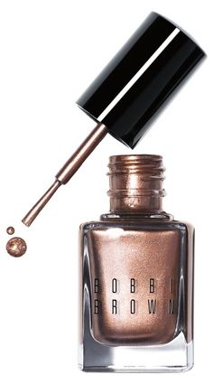 For neutral nails with a shimmery, sun-catching finish