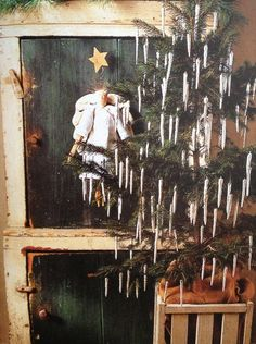 tin foil iceicles - what could be easier?! tree long, christma tree, gate farm, tin foil