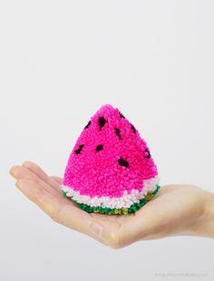 pompoms diy, pompom fruit, watermelon, pom pom