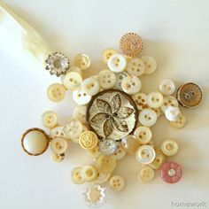 homework: today's assignment - be inspired {creative inspiration for home and life}: Etceteras: vintage button snowflake