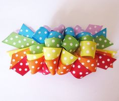 I Like Big Bows: Rainbow loopy bow