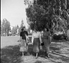 Classic, unfussy vintage college fashions from the fall of '48. #vintage #1940s #fashion #college