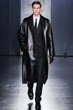 JIL SANDER f/w 2012 RTW Menswear. Take the blue pill Neo.