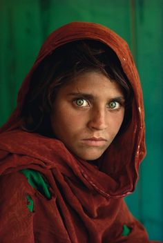 Steve McCurry: Afghan Girl, 1985.
