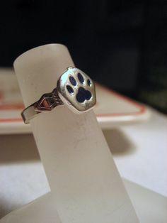 roar ring, bear lover