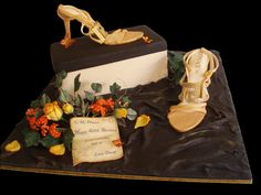 Gold Versace shoes by Torki's Sugar Art, via Flickr