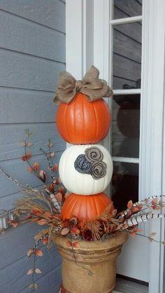 Fall pumpkin topiary