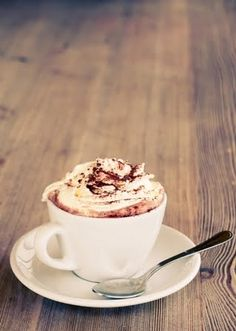 fluffy hot chocolate- I wan-ta hot cup of cocoa, with a marshmallow too...