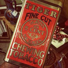 Tiger Chewing Tobacco Tin with laser red graphics on metal....hottttt.  #typehunter #typehunting #badgehunting #vintagetin