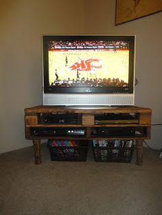 Caring Cowls: Pallet TV Stand