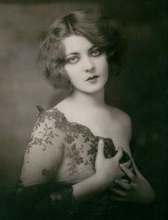 Marion Benda, 1920s, Ziegfeld Follies dancer  via kylarose