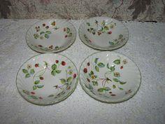 4 James Kent Old Foley Strawberry Pattern Bowls