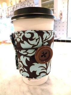 Coffee Sleeve.  Neat idea for homemade Christmas presents for the fam!