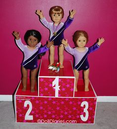 how to make a doll award stand