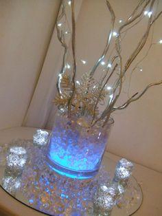 Stylish & Elegant Christmas CenterpieceIdeas - Christmas Decorating -