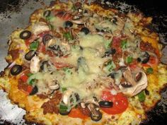 low carb zucchini crust pizza - oh my word, cannot wait to try