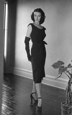Photo by Nina Leen 1946