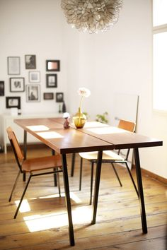 Dinning space in sunlight: MarleneDIY