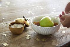 How to Set Up a Caramel Apple Dessert Bar