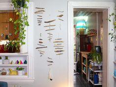 Driftwood Wall Art // Creative Genius: Meg Allan Cole >> http://blog.diynetwork.com/maderemade/2014/08/13/creative-genius-meg-allan-cole/?soc=pinterest