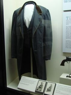 Suit worn by Jefferson Davis at the time of his capture
