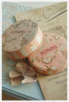 Vintage Ponds Powder